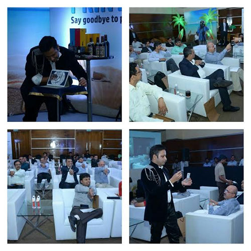 I PAD Interactive Mind Reading Act during HPs PRINTOPIA 2015 in Mumbai