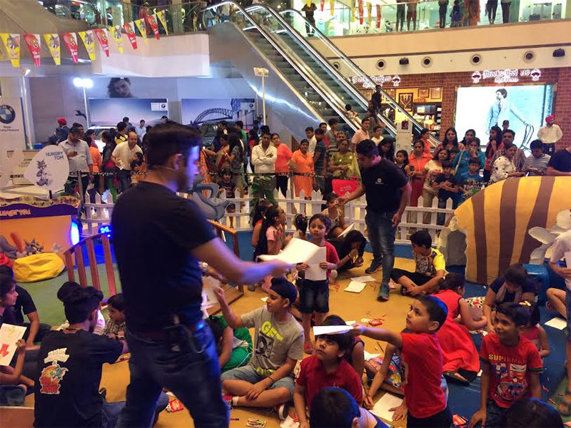 2 Day MAGIC WORKSHOP at DLF Mall of India (Noida) was a huge success